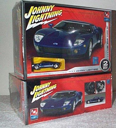 '05 Ford GT w/Die Cast Car