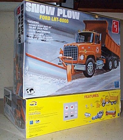 Ford LNT-8000 Snow Plow Truck