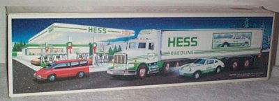 Hess Gasoline '92 Tractor Trailer  w/Race Cars