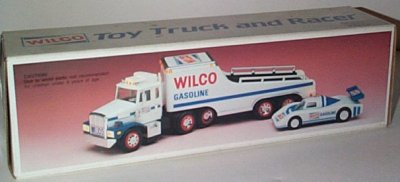 '89 Wilco Gasoline Truck w/Race Car