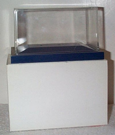 Display Case For Zamboni D-500 Dark Blue Base