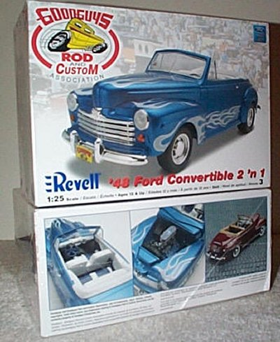 '48 Ford Convertible 2'n 1 Model Kit