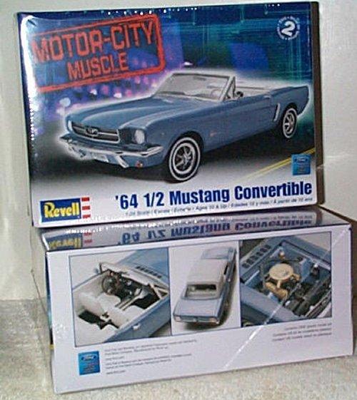 '64 1/2 Mustang Convertible Model Kit