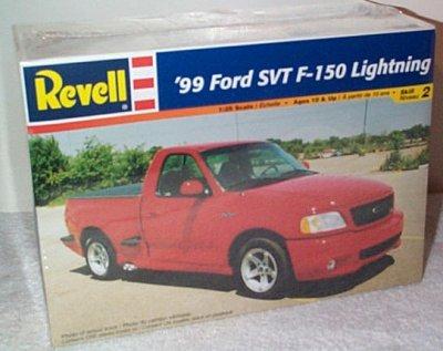 '99 Ford SVT F-150 Lightning Pickup Model Kit