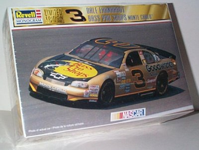 Dale Earnhardt GM Goodwrench Bass Pro Model Kit
