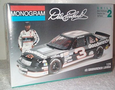 Dale Earnhardt GM Goodwrench '92 Lumina