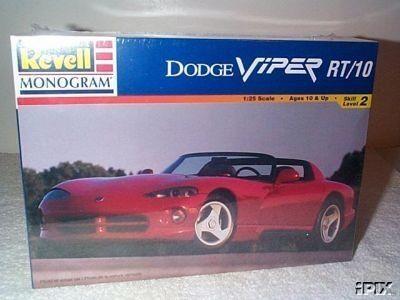 Dodge Viper RT/10 Model Kit