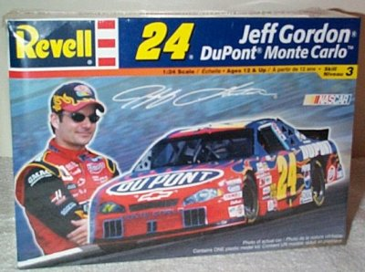 Jeff Gordon '02 Monte Carlo Model Kit