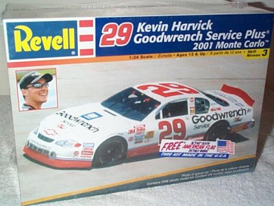 Kevin Harvick GM GW Service Plus '01 Model Kit