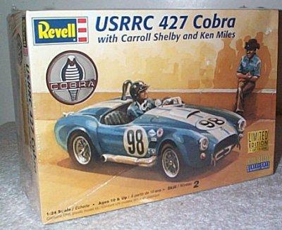 Ford 427 Cobra USRRC w/Figures Model Kit