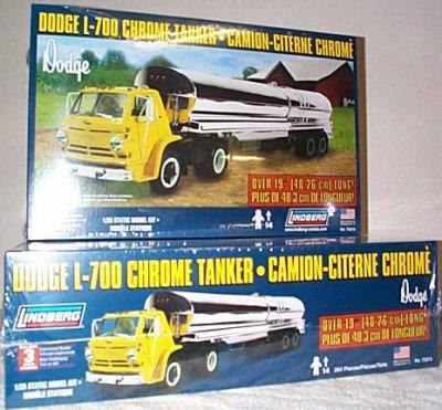 Dodge L-700 Tilt-Cab w/Chrome Tanker