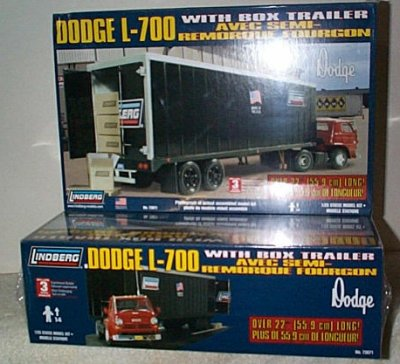 Dodge L-700 w/Box Trailer Model Kit