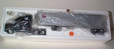 Freightliner FLD 120 w/48' Trailer