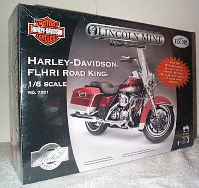 Harley-Davidson FLHRI Road King Model
